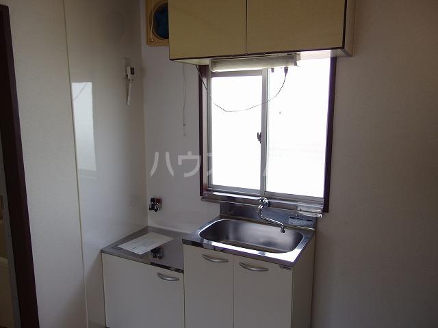 ヴィラサンシャイン 201号室のキッチン