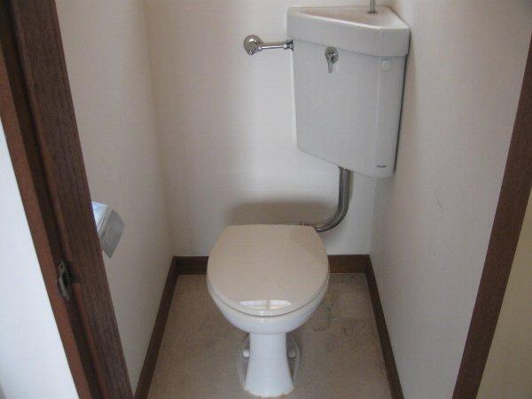 コーポ光和 202号室のトイレ