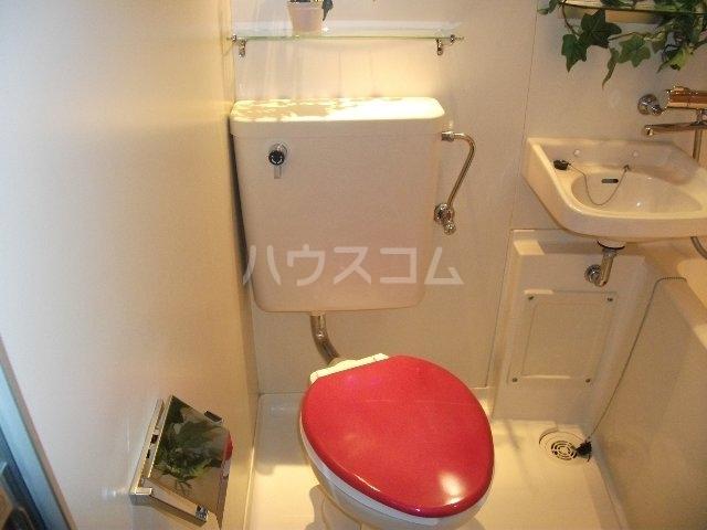 TOP西八王子 121号室のトイレ
