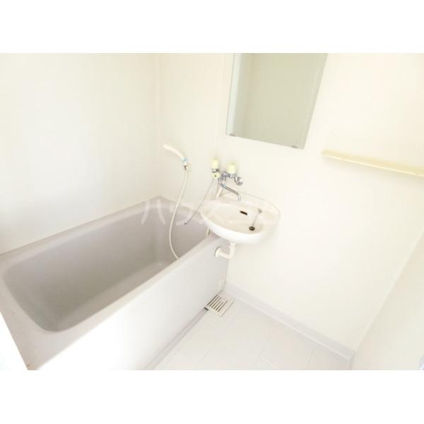 セトール高幡 301号室の風呂