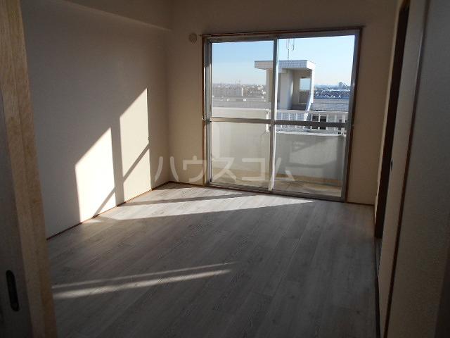 第3サンヨーマンション 603号室のリビング