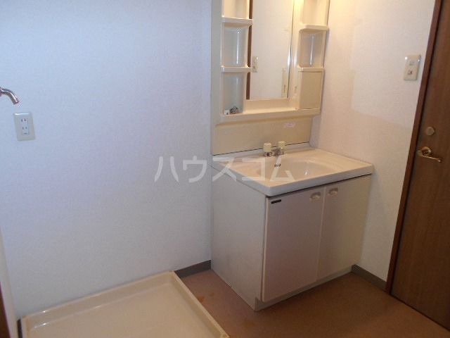 第3サンヨーマンション 603号室の洗面所