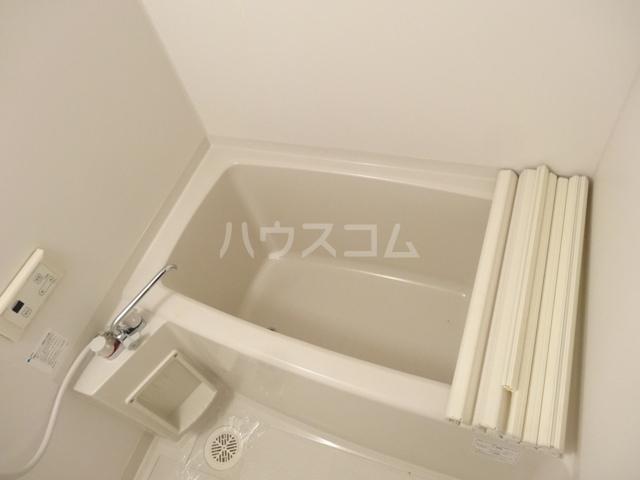 メゾン苺 102号室の風呂