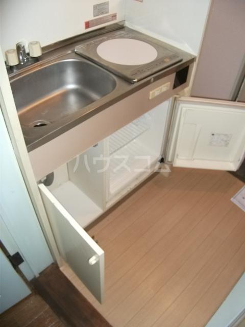 インベストメント宮下本町Ⅱ 101号室のキッチン