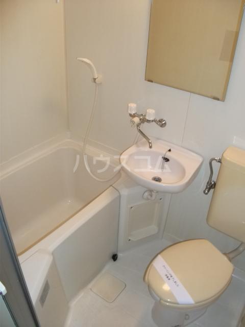 インベストメント宮下本町Ⅱ 101号室の風呂