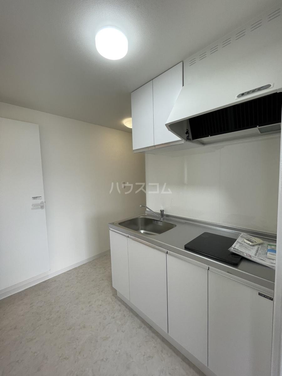 川鍋ビル 301号室のキッチン