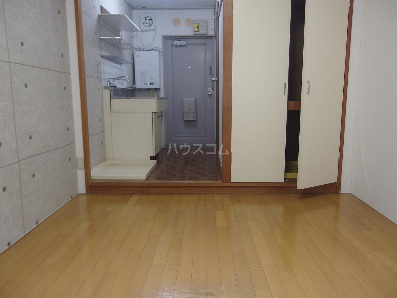 ハイツサンエーム 113号室のリビング