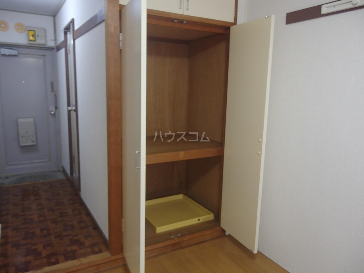 ハイツサンエーム 113号室の収納