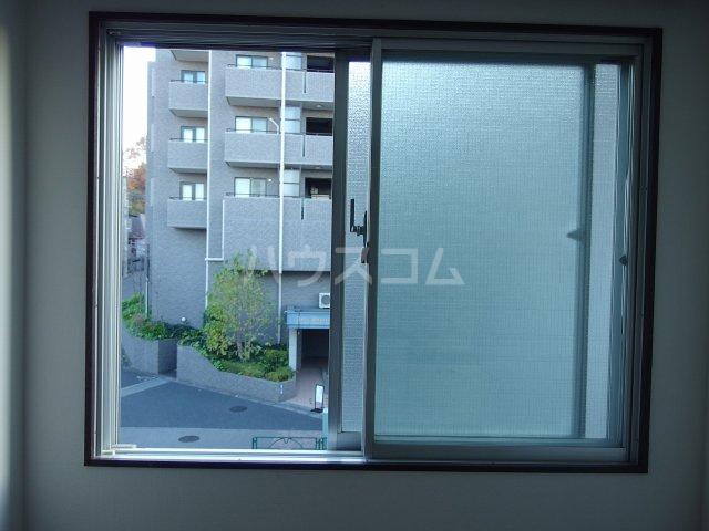 南平コーポ 202号室のバルコニー