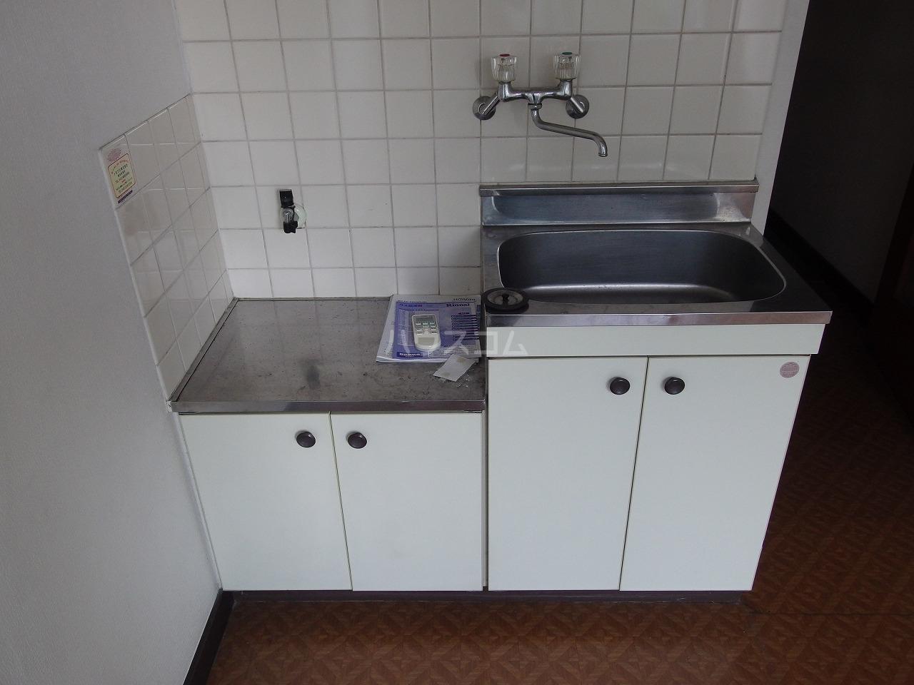 南平コーポ 202号室のキッチン
