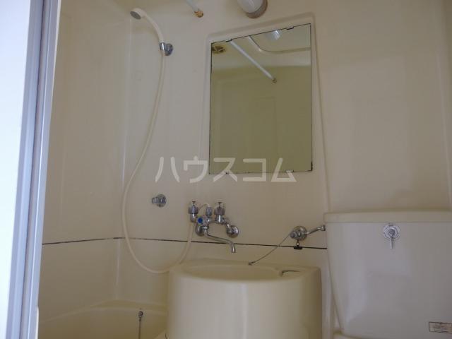 コーポ吉田 202号室の洗面所