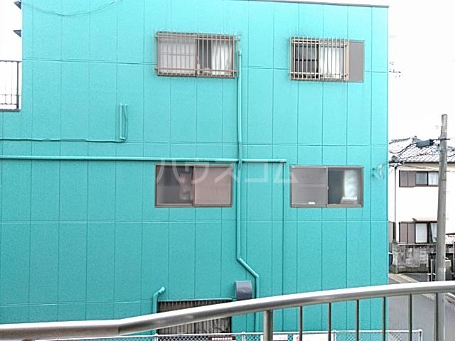 ロイヤルハウス喜多山 302号室の景色