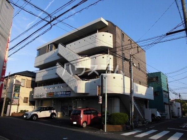 ロイヤルハウス喜多山 302号室の外観