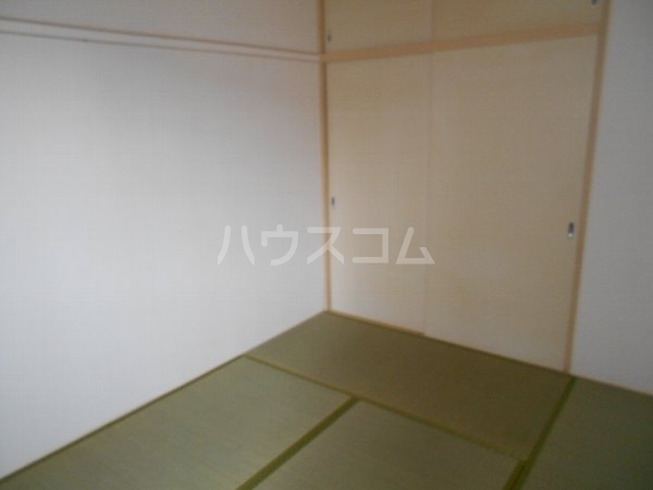 サンヴィレッジ B101号室のベッドルーム