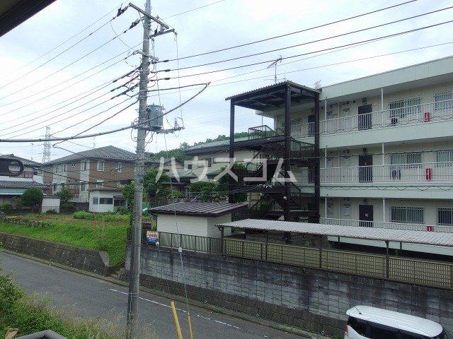 スパローハイムA 102号室のバルコニー