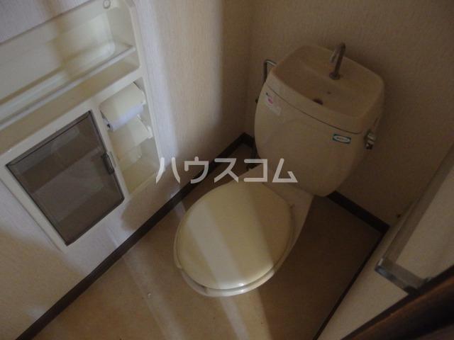 スパローハイムA 102号室のトイレ