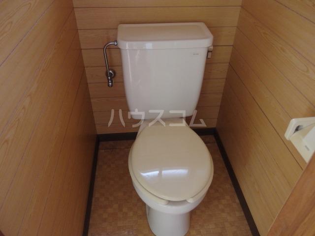 ドマーニ貸家のトイレ