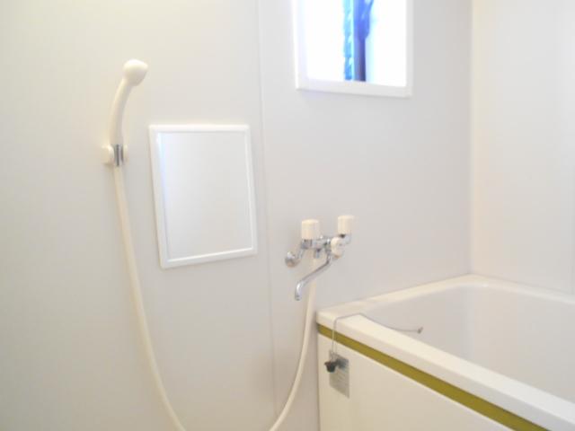 美里ハウスせいせき H号室の風呂