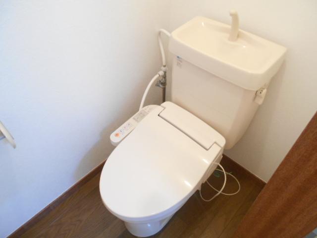 美里ハウスせいせき H号室のトイレ