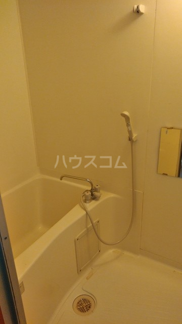 ハウステラサイド 208号室の風呂