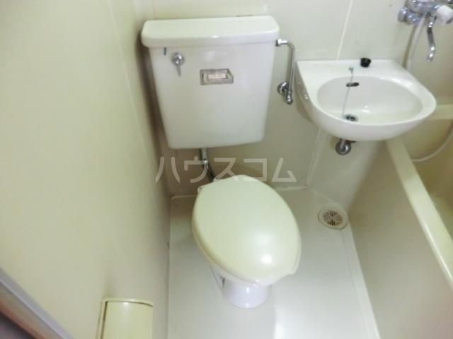コーポ102 102号室のトイレ