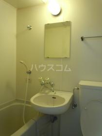 ドリームマンション 303号室の洗面所