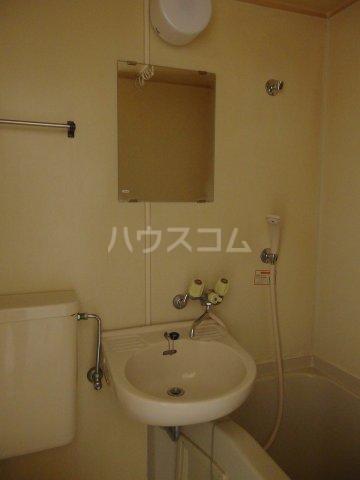 ドリームマンション 102号室の洗面所