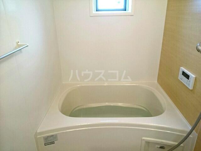 エアリーウッド 01010号室の風呂