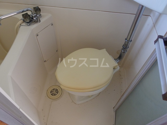 AP・嶋 202号室のトイレ