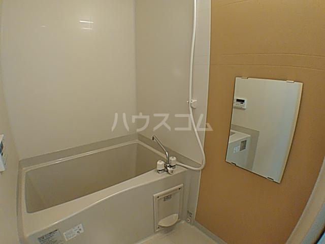メルディア八王子長沼 202号室の風呂
