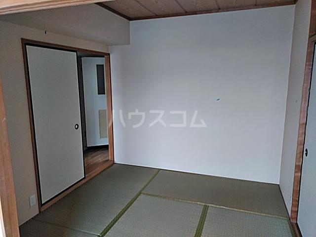 ファミール八代 403号室の居室