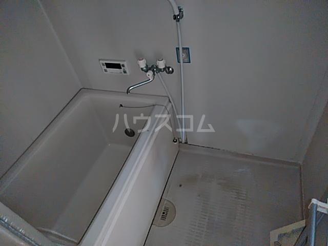 ファミール八代 403号室の風呂