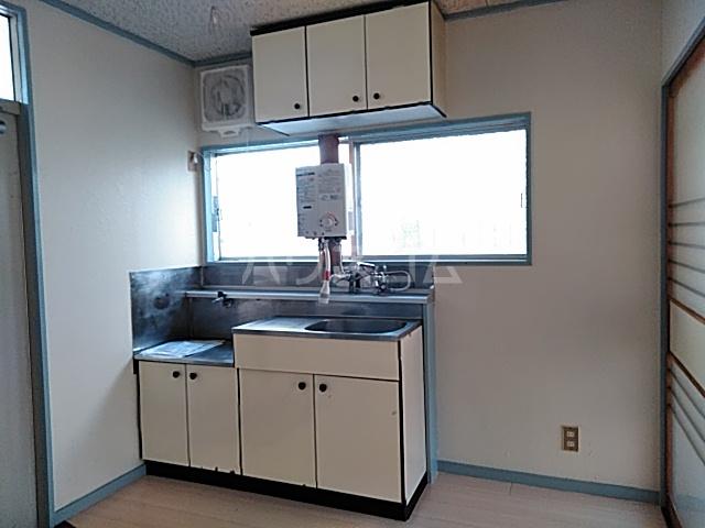 三山ハイツ 203号室のキッチン