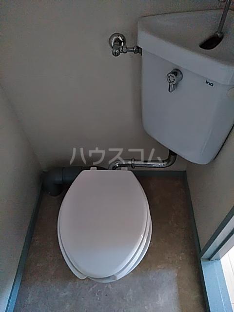 三山ハイツ 203号室のトイレ