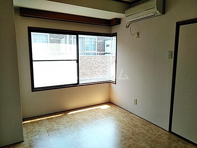 第10宮田ビル 302号室の居室
