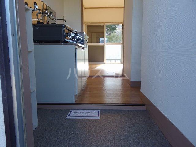 Villa松原 202号室の玄関