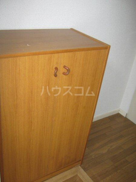 ハイツアイカ松本 102号室のエントランス