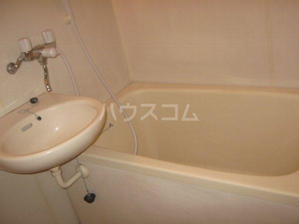 ハイツアイカ松本 102号室の風呂