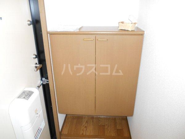 セントポーリアA A201号室の玄関