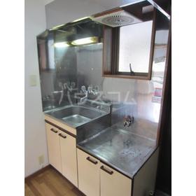 メゾン小泉 102号室のキッチン