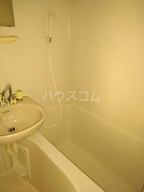 メゾン庄名 103号室の風呂