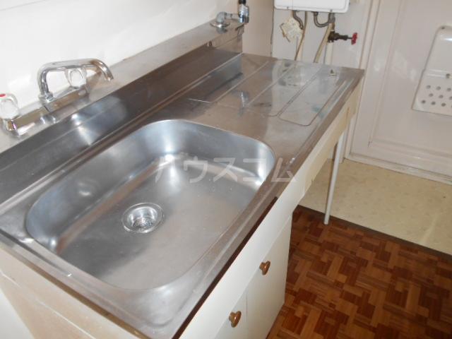 第3一水荘 205号室のキッチン