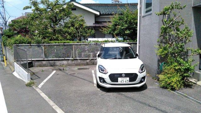 KHハイツⅡ 302号室の駐車場