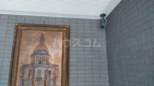 KHハイツⅡ 302号室の玄関
