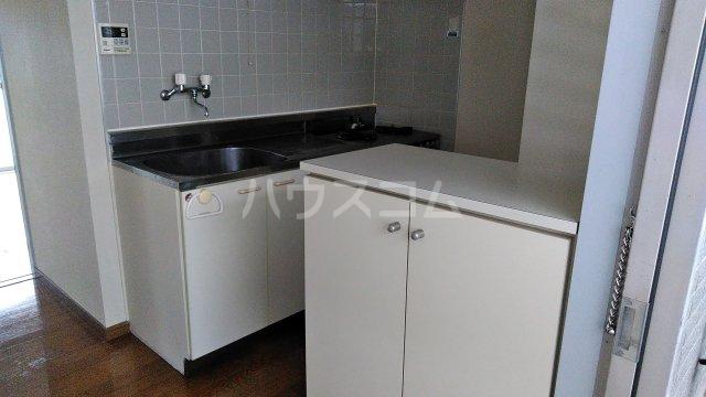 KHハイツⅡ 302号室のキッチン