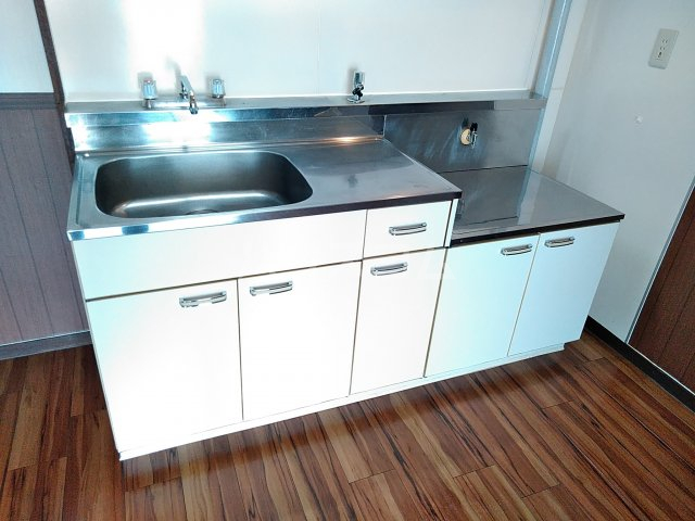 山田ハイツ 402号室のキッチン