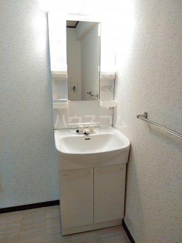 山田ハイツ 402号室の洗面所