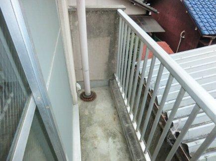 ヒルズ喜多山 401号室のバルコニー