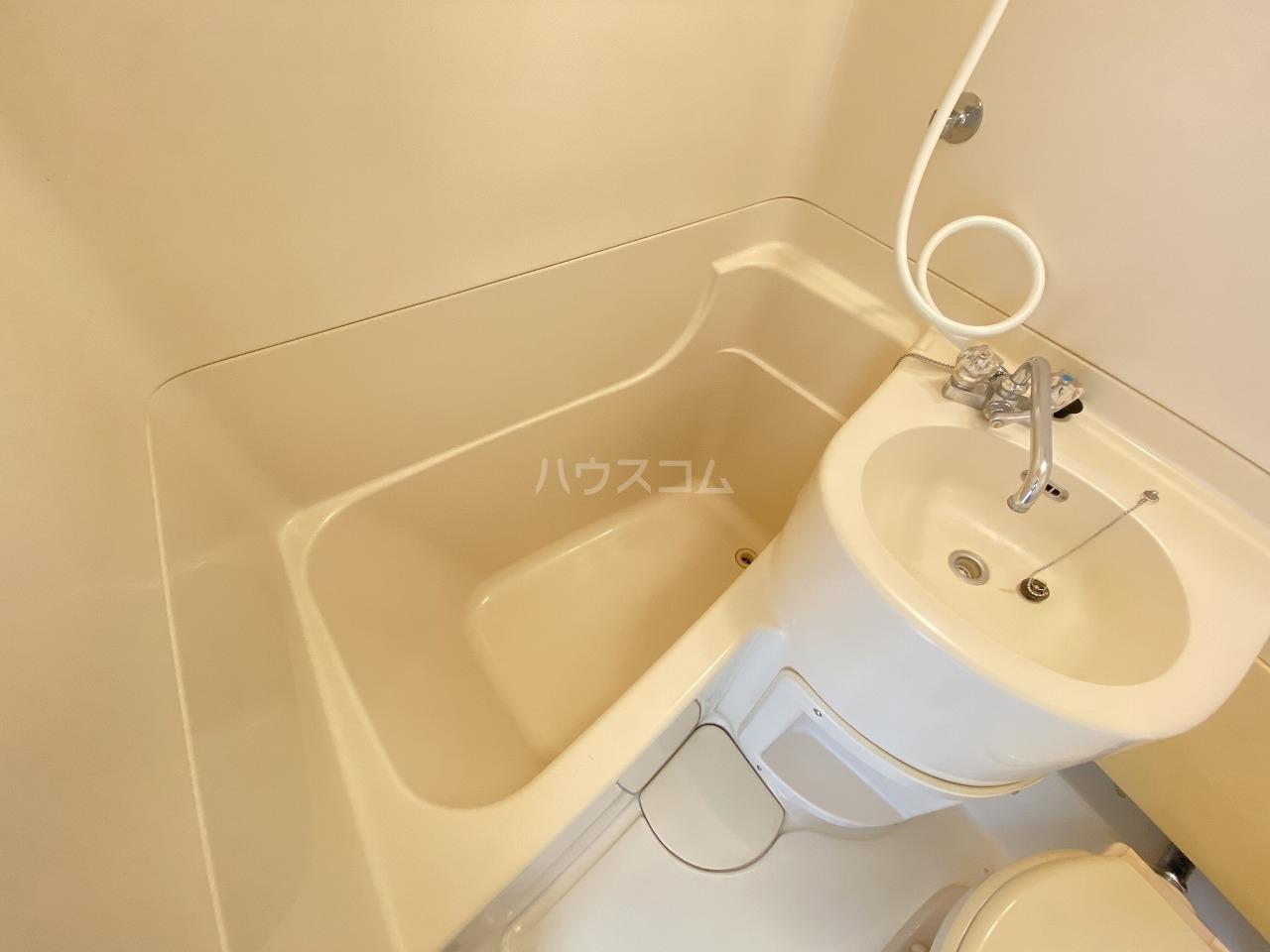 礒沼ビル 207号室の風呂