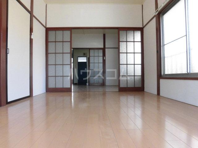 コーポ落合 101号室の居室